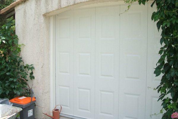 Atmosph re portes de garage et portails montpellier et for Portail garage motorise
